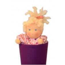 Strutdocka, lila/rosa, ljust hår