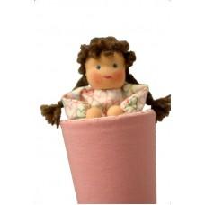 Strutdocka, rosa, brunt hår