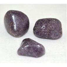 Trumlad sten - Lepidolit